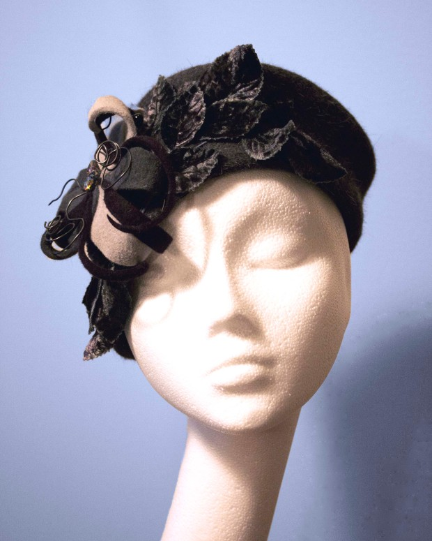 MikoFabulous Chapeaux Yosina Hat Pin